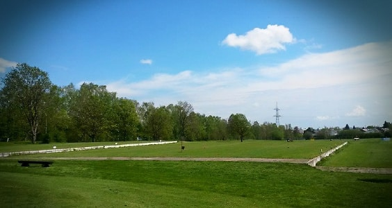 Driving Range Learn2Learn Golf Academy PGA Golf Professional Gavin Crockett Golf spielen lernen Golfschule Augsburg im Golfclub Leitershofen